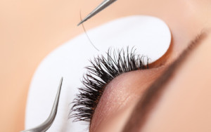 Soho_Nail_Salon_Vancouver_kitsilano_eyelash_extension_closeup