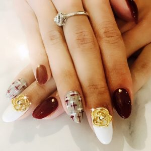Nail_Salon_Soho_manicure_pedicure_kitsilano_vancouver_Gold rose christmas