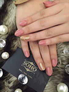 Nail_Salon_Soho_manicure_pedicure_kitsilano_vancouver_Pink Golden glitter