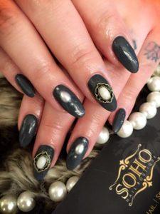 Nail_Salon_Soho_manicure_pedicure_kitsilano_vancouver_green pearl