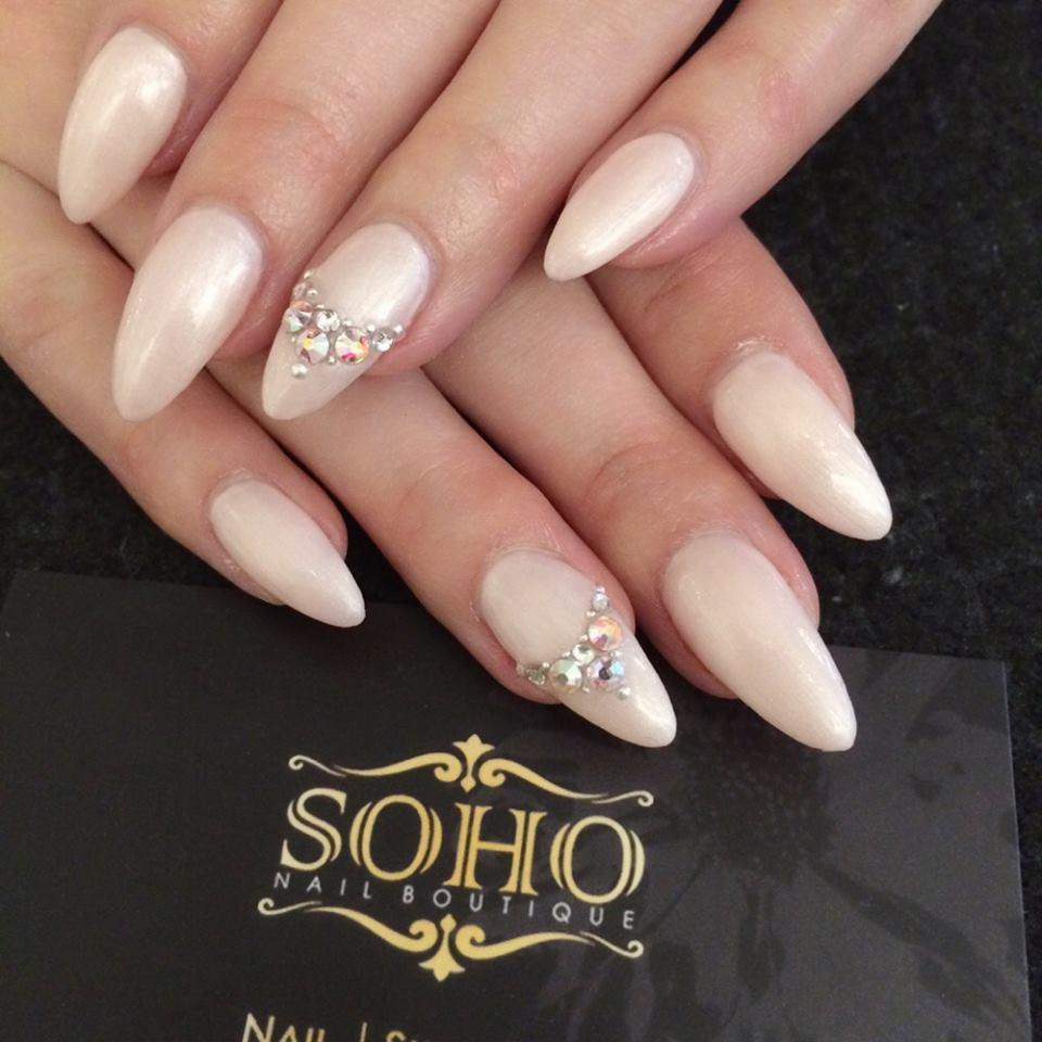 Soho_manicure_pedicure_kitsilano_vancouver_nude_extension_accent