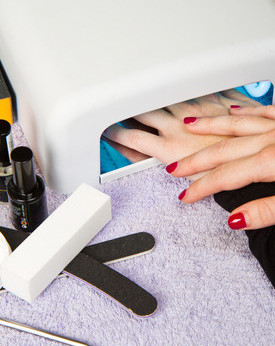 Gel_uv_light_nail_salon_manicure_vancouver_kitsilano